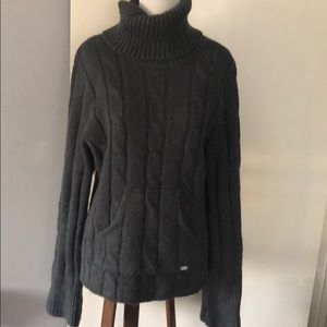 Columbia pullover turtleneck sweater